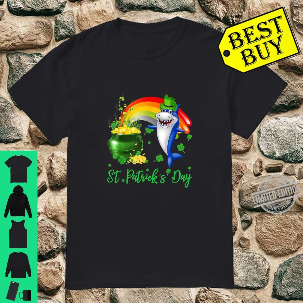 Funny Shark St. Patrick's Day Leprechaun Shirt